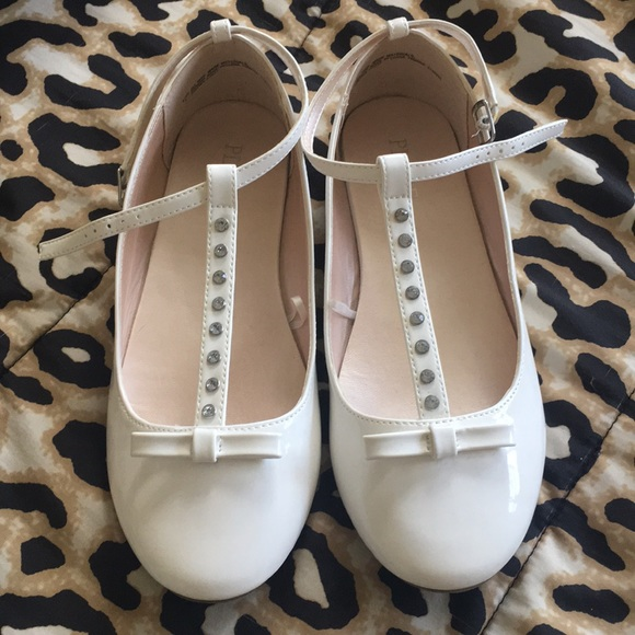 The Children's Place Other - GIRLS- White Patent leather & Rhinestone MaryJane